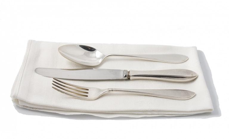 Glöm inte att avboka bordet på restaurangen